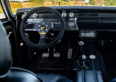 front interior of 1967 Chevy Chevelle with Procar by SCAT Rally seats